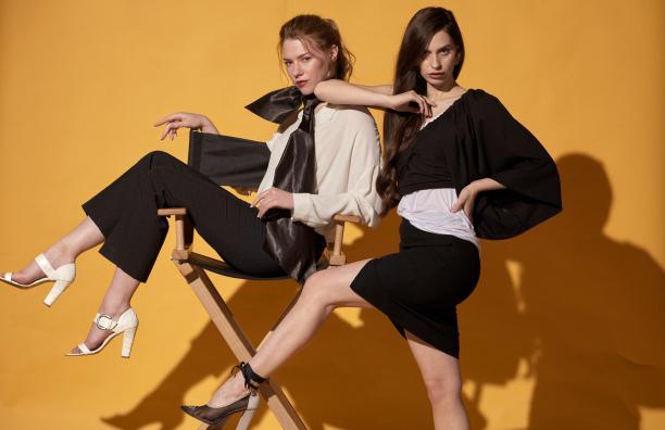 ファッション雑誌の表紙 モデルさんの服装は素敵なスタイリストさんならでは