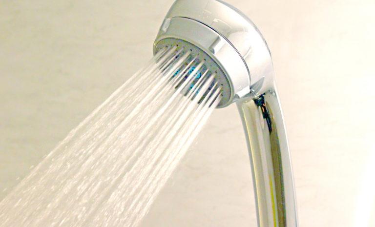 給湯器故障シャワーヘッド
