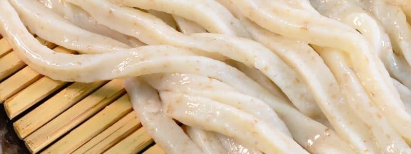 生産性の悪い胚芽麺を生のまま生産する最高のうどん