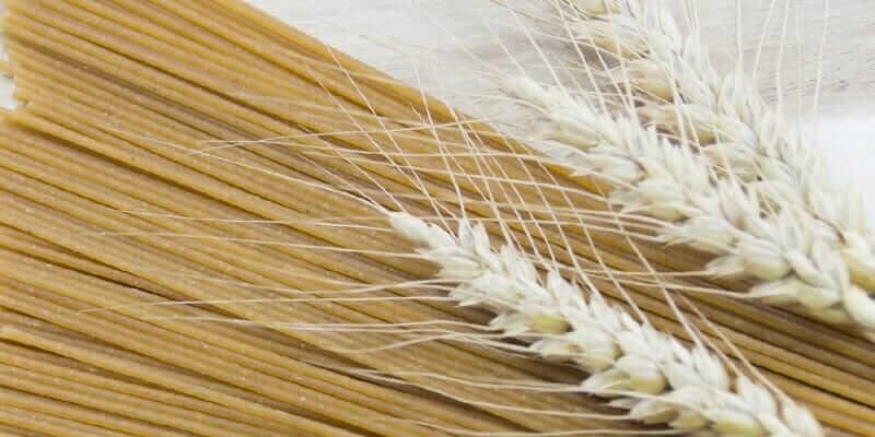 イタリアの全粒粉パスタは舌触りも風味も抜群にいい